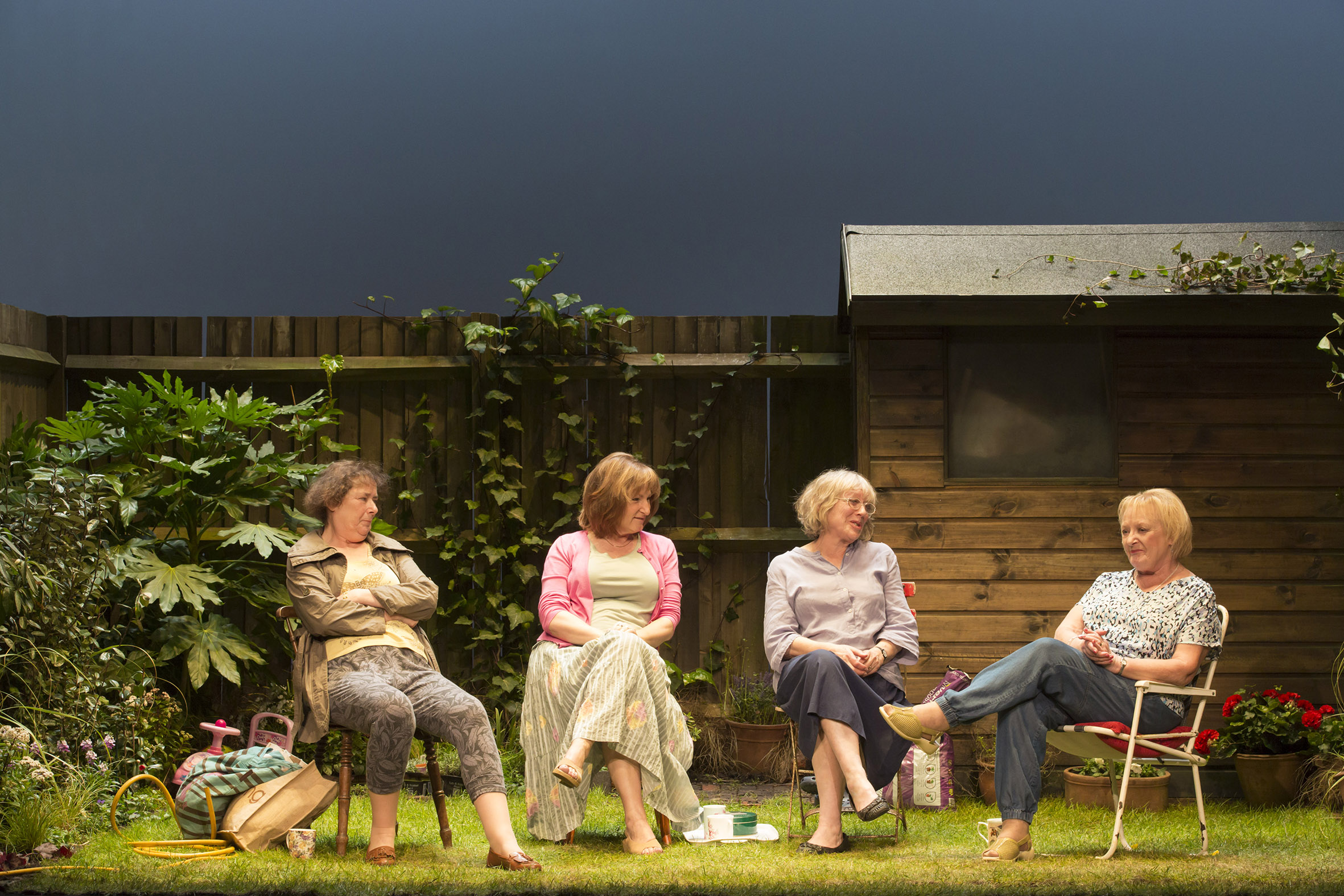 ESCAPED ALONE by Caryl Churchill Credit: Johan Persson