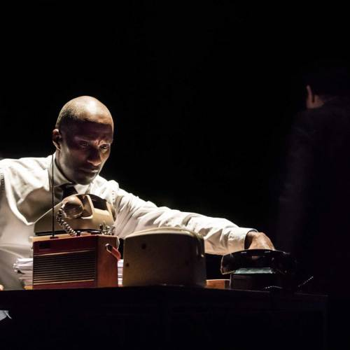 Clint Dyer in The Kid Stays in the Picture directed by Simon McBurney. (Photo: Johan Persson)