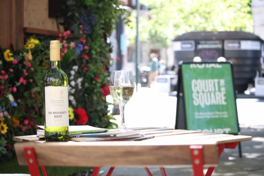 Visit our new outdoor Bar & Café